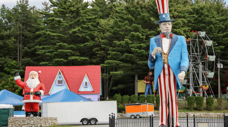 Where is World's Tallest Uncle Sam?